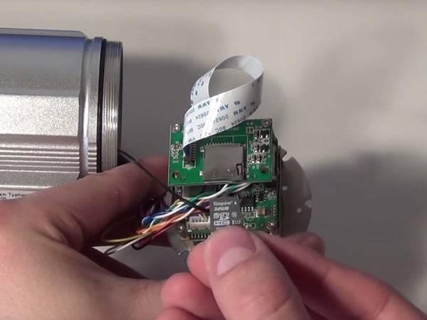Umbau-Service: SD-Karten Tausch für Außenkameras